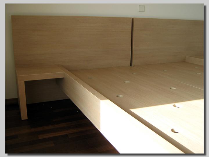 posteljni okvir fiksno dno
