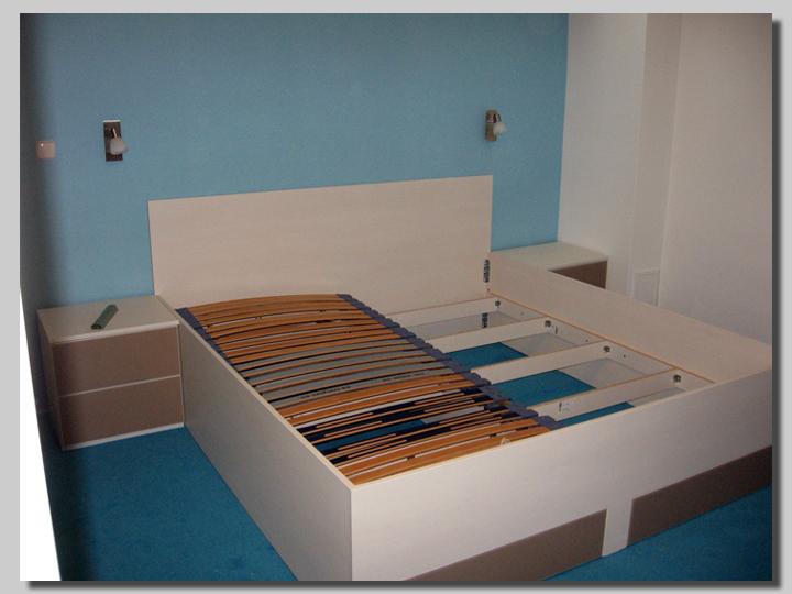 posteljni okvirji steklene ličnice