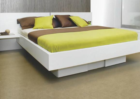 zakonske postelje z individualnimi podstavki