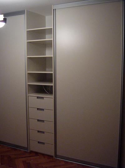 moderna omara za spalnico
